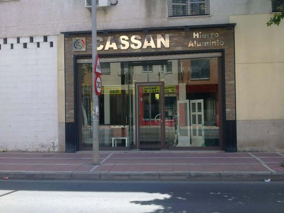 Hierros y aluminios Cassan